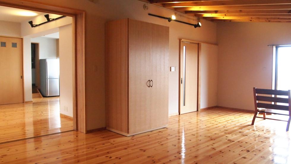 1階の寝室20帖