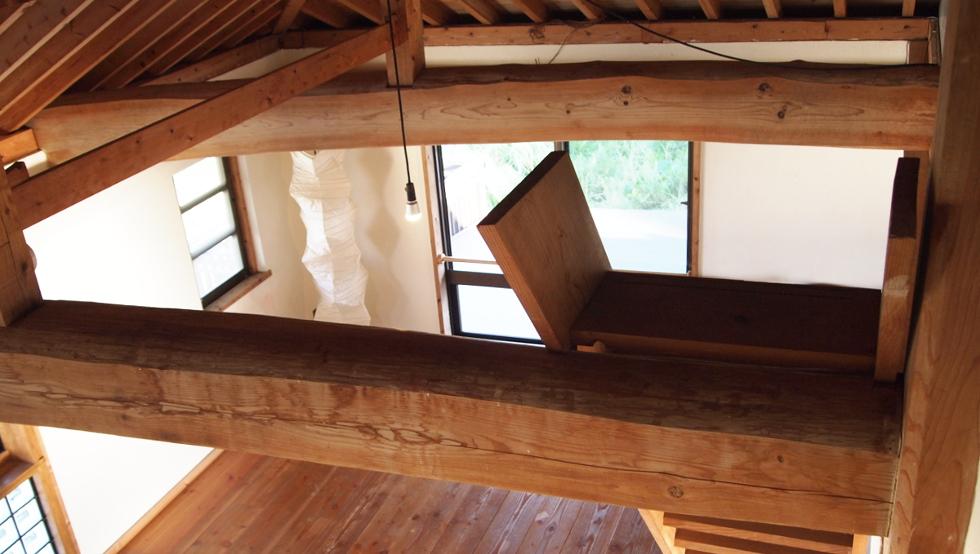 屋根裏スペースより見下ろす
