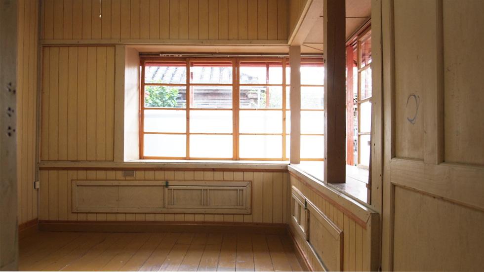 洋室5.6帖出窓