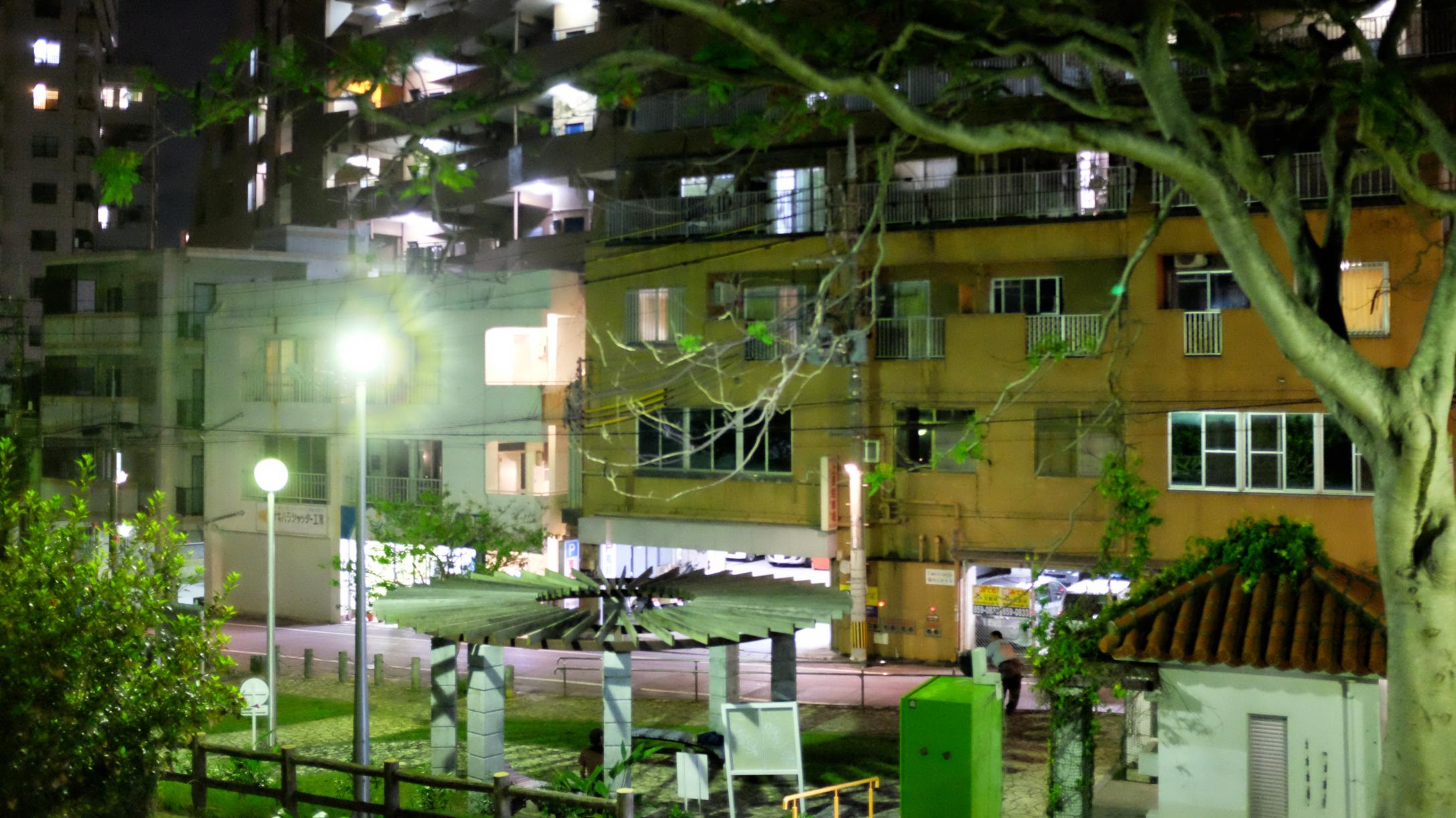 夜の松尾公園